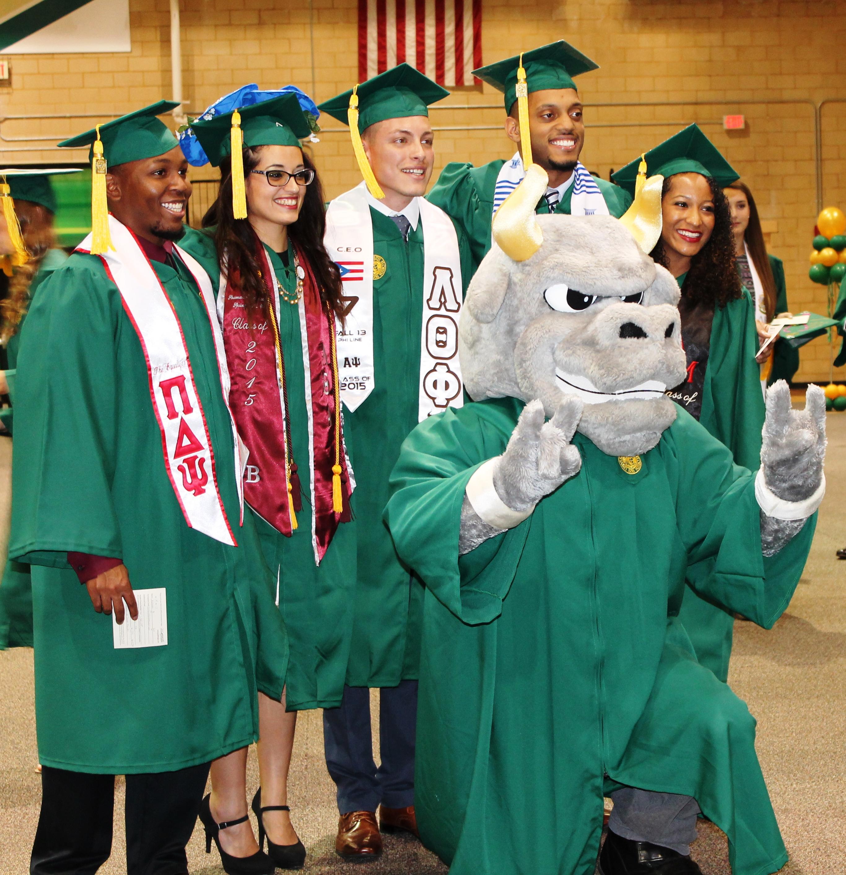 USF Alumni - <b>3 Days, 4,145 Degrees, Infinite Possibilities</b>